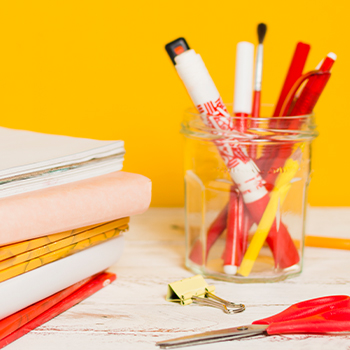 A sweet spot to study with complete school supplies